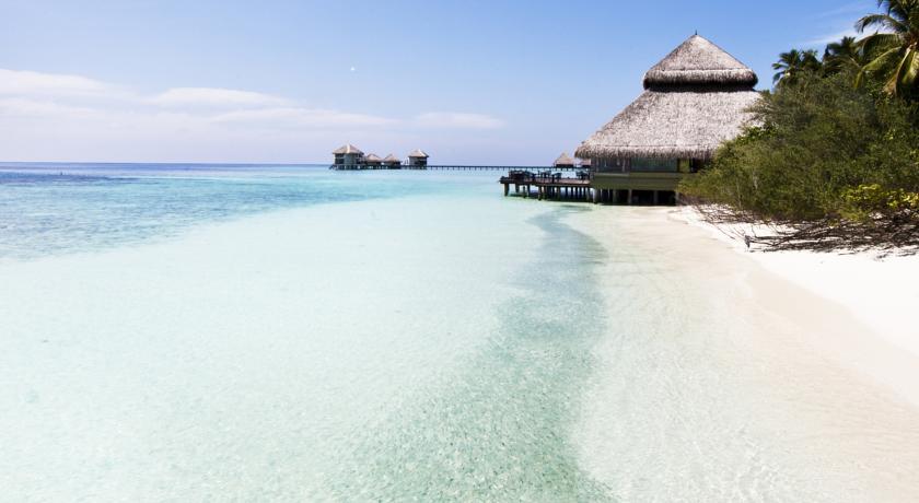 Adaaran Club Rannalhi Maldives