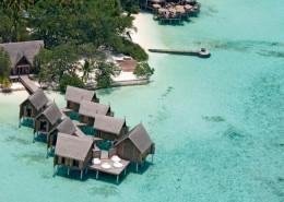Costance Moofushi Resort